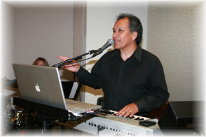 Bobby Cruz @wedding playing Korg Triton
