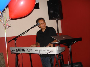 Bobby Cruz playing w/Korg Triton